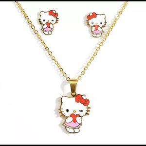 HELLO KITTY  NECKLACE AND EARRINGS SET  NEW